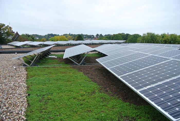 Sanoforum Brunssum, Solar retentie dak